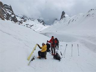 Curso de esquí de travesía  y técnica de esquí en nieves no tratadas